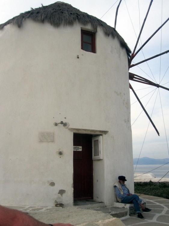 IMG_4371mykanoswindmill