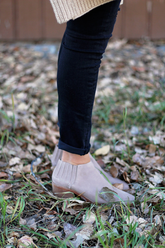 grey flat booties from forever 21