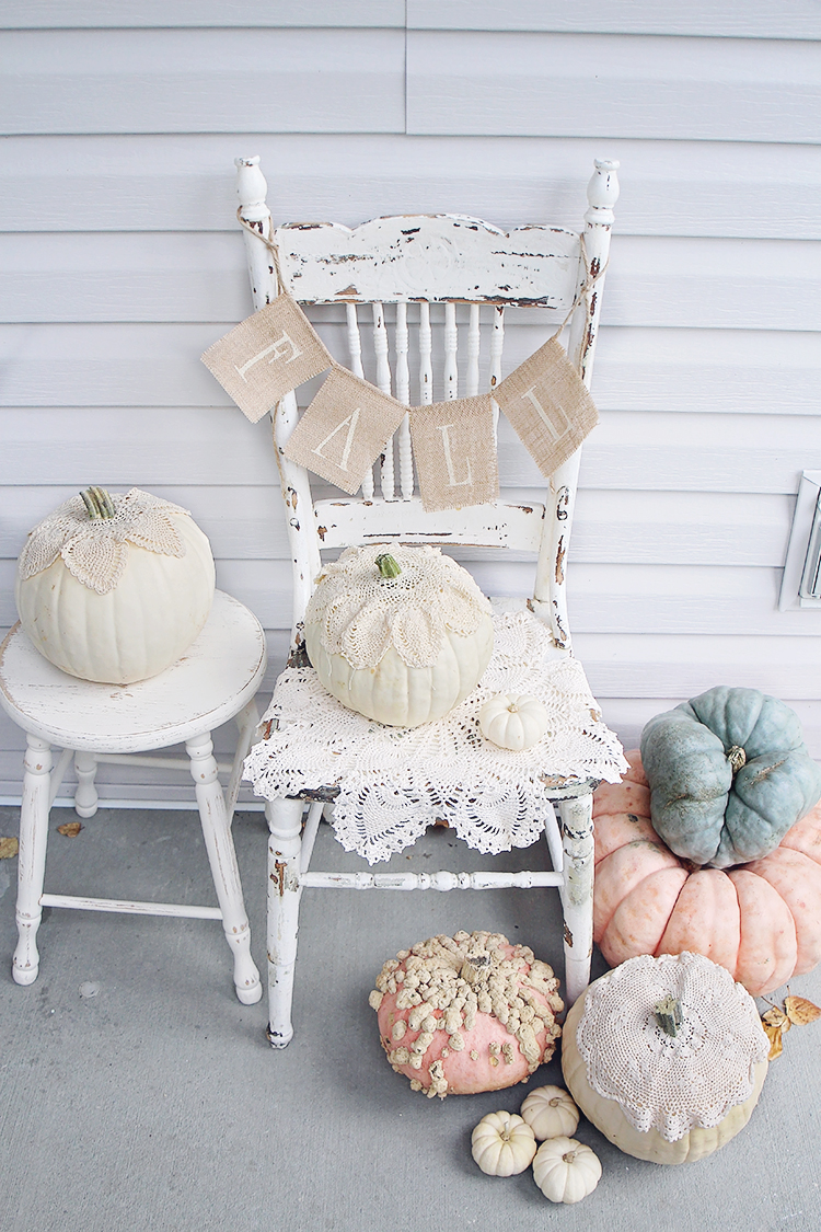 Antique farmhouse decor for fall halloween