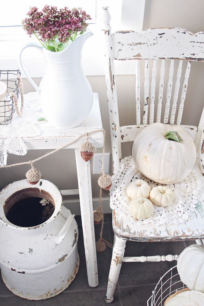 lace pumpkin decor