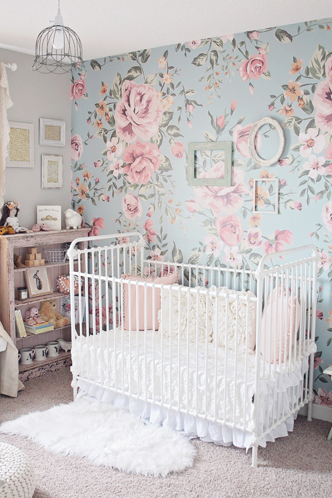 Harlow lace s nursery for Harlowe bed