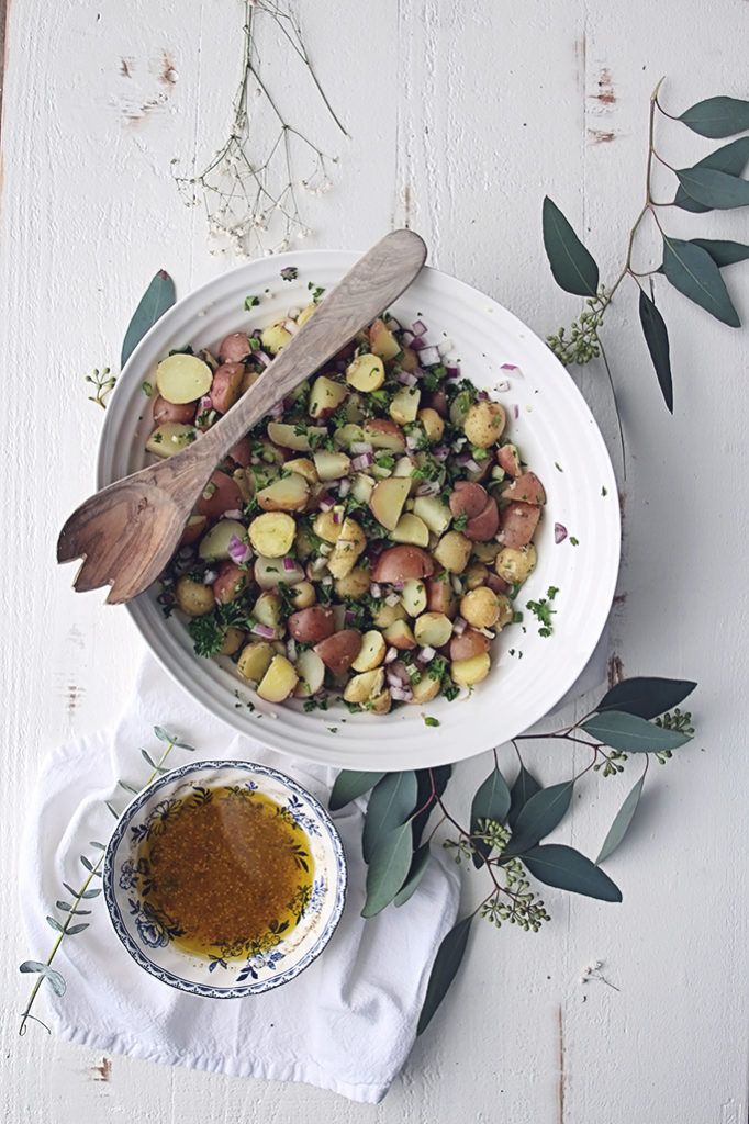 <center>SIMPLE VEGAN POTATO SALAD</center>