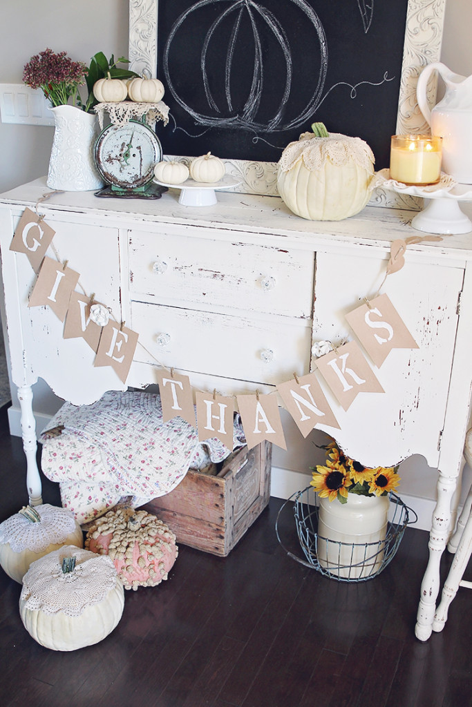 vintage farmhouse fall decor